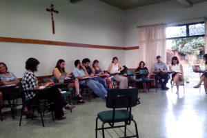 Movimentos sociais, advogados populares e professores discutem os rumos da luta pela democratização da justiça.